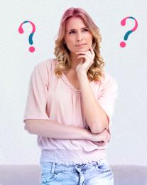 Kuva miettiväisestä naisesta ja kahdesta kysymysmerkistä. Kuva kuvastaa niitä monia kysymyksiä naisilla on kuukautisista ja kuinka o.b. pyrkii vastaamaan niihin.